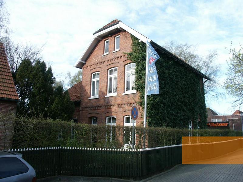 Gedenkst ttenportal zu orten der erinnerung in europa for Haus gottschalk