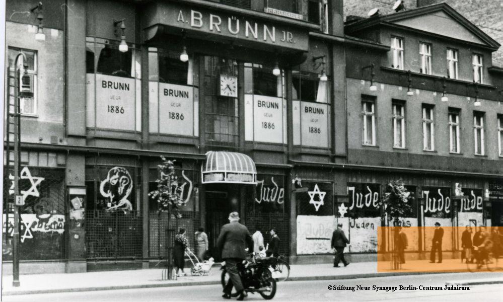 Rothaarige in Berlins Ghetto Bezirk gebumst