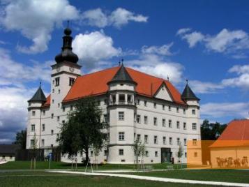 Image: Alkoven, 2003, Schloss Hartheim, Hartmut Reese
